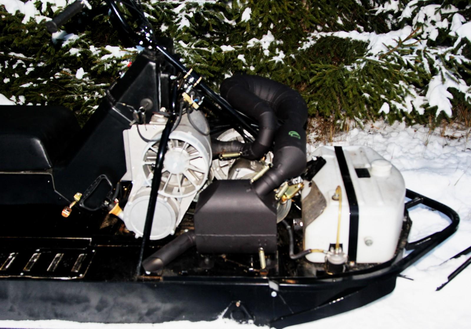 Тенты и чехлы для защиты снегоходов Буран